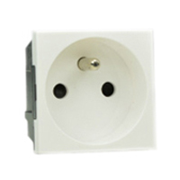 16 Amp 250V 71100x45 France & Belgium CEE 7/5 Outlet Receptacle