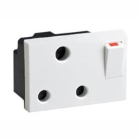 16 Amp 250V 73100x45 S. Africa, India and UK Switched Outlet Receptacle